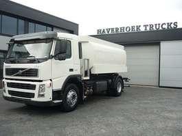 tankwagen vrachtwagen Volvo FM 9 260 4x2  ADR  DIESEL  TANKER TRUCK 2003