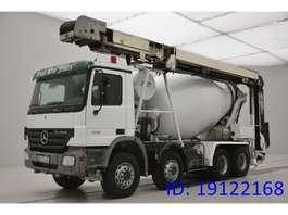 betonmixer vrachtwagen Mercedes Benz Actros 3241 - 8x4 - conveyor belt 2007