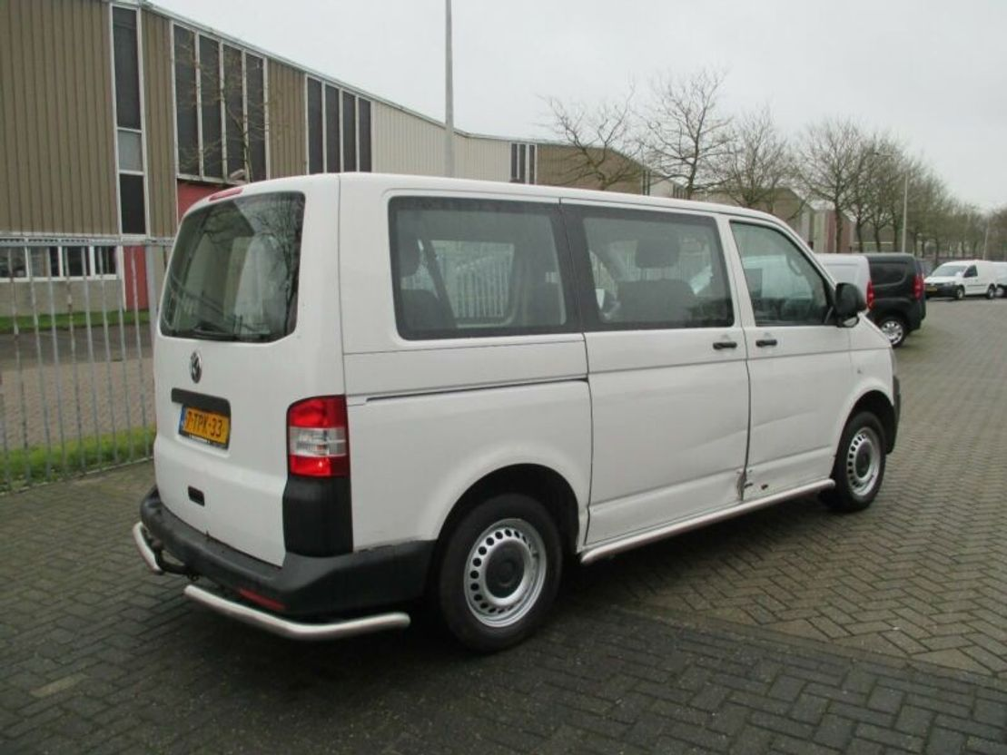 taxibus Volkswagen Transporter T5 2.0TDI Kombi Klima €6950,=