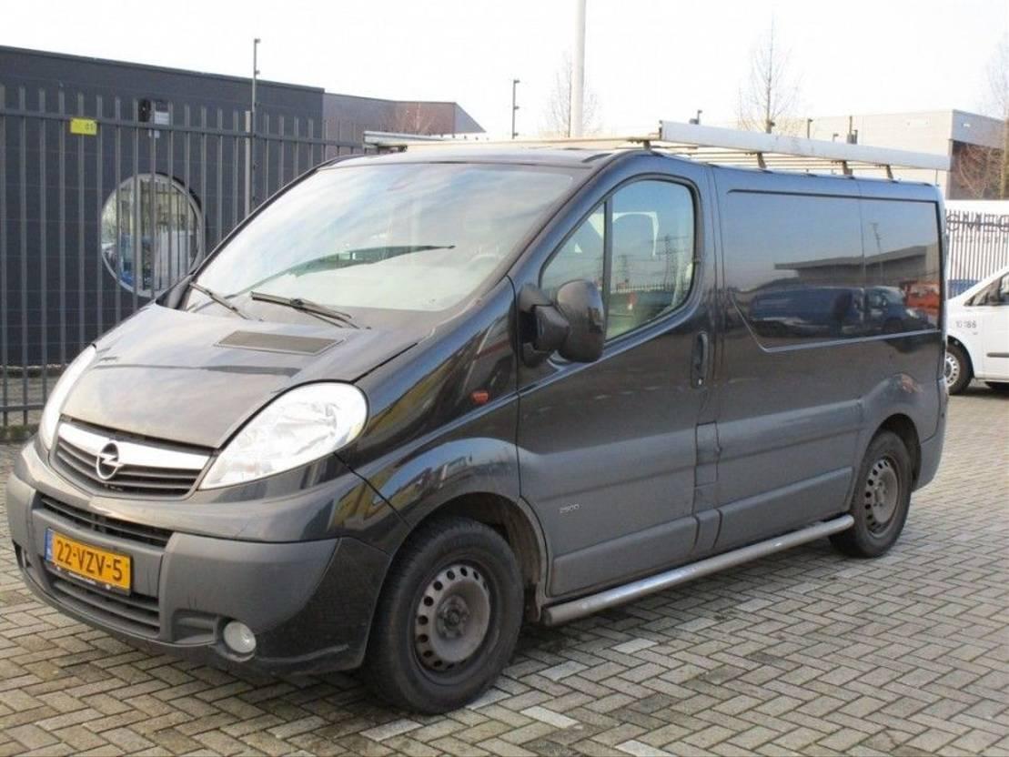 gesloten bestelwagen Opel Vivaro 2.5 CDTI L1H1 2009