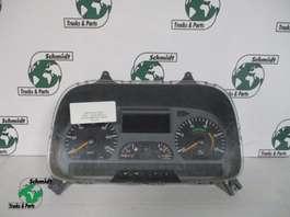 Instrumentenpaneel vrachtwagen onderdeel Mercedes Benz A 004 446 84 21 instrumenten paneel