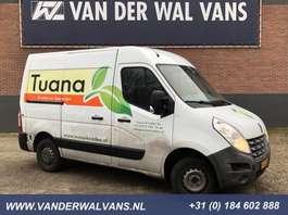 gesloten bestelwagen Renault Master T33 2.3 dCi L1H2 *APK 10-2020* Airco, 2500kg trekvermogen 2013