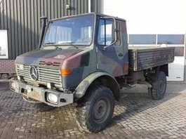 standaard tractor landbouw Mercedes Benz Unimog