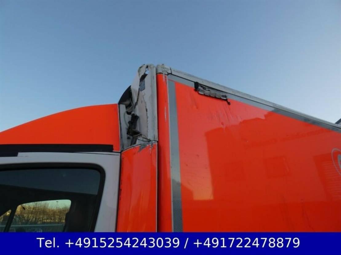ambulance bedrijfswagen Mercedes Benz Sprinter 516 Krankenwagen Rettungs Liege Euro 6