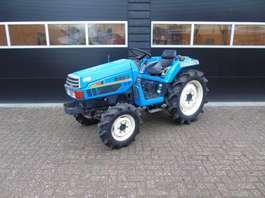 standaard tractor landbouw Iseki TU237 minitractor servo 2000