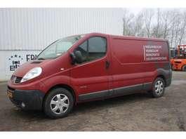 gesloten bestelwagen Renault TRAFIC T29 L2/H1 2,5 DCI 84KW E4 FAP 2009