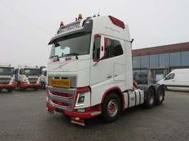 zware last trekker Volvo FH16 750 6x4 Heavy transport tractor 144.000 kg 2013