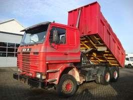 kipper vrachtwagen Scania 113-380 6X4 1996