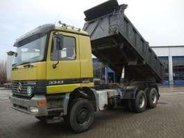 kipper vrachtwagen Mercedes Benz 3343 6X6 1999