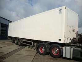 gesloten opbouw oplegger Sor koelbox trailer 2005