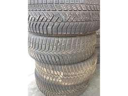 Bandenset vrachtwagen onderdeel Pirelli pirelli 205/55r16 winter