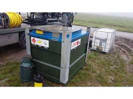 uitrusting overig DIESELTANK MET FILTER EN ELEKTRISCHE POMP 12/24V 900L KIWA