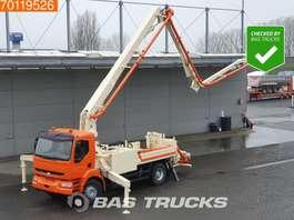 betonpomp vrachtwagen Renault Kerax 420 4X2 Manual Euro 3 Sermac 26mtr Pumpe 2005