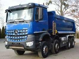 kipper vrachtwagen Mercedes Benz AROCS 4145 8x6 EURO6 Muldenkipper TOP!