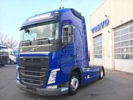 standaard trekker Volvo FH500/Globe.XL/BiXenon/I-Park/Navi/1275L VOLLSPO 2016