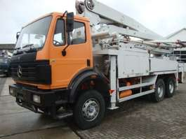 betonpomp vrachtwagen Mercedes Benz 2631 6X4 PUTZMEISTER 32 METER 1999