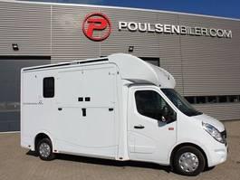paardenbakwagen Renault Master Horsetruck 2020
