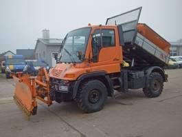 kipper vrachtwagen > 7.5 t Unimog U300 405/10 Aufsatzstreuer Schmidt SST17TL KLIMA 2003