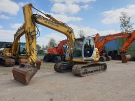 rupsgraafmachine New Holland E135SR 2008
