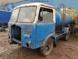 tankwagen vrachtwagen Fiat 643 N Fuel Tanktruck 1967