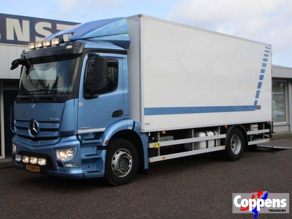 koelwagen vrachtwagen Mercedes Benz Antos 1924L 4X2 Euro 6 2014