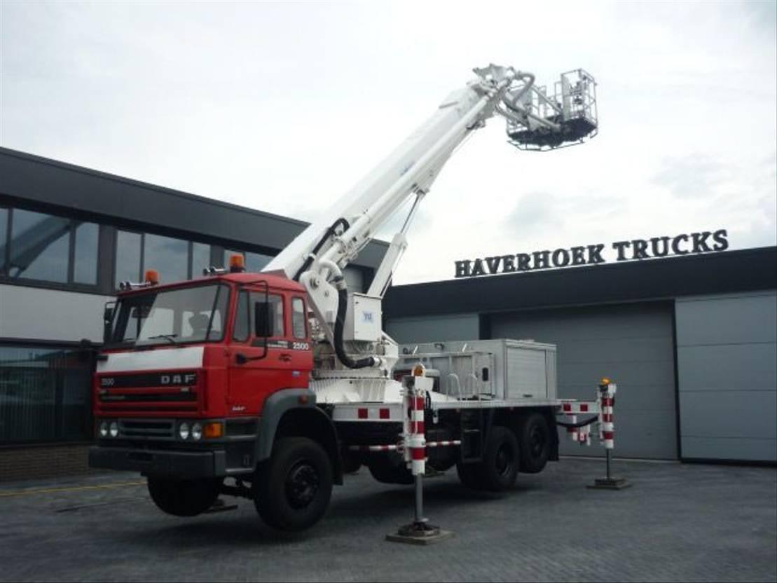 autohoogwerker vrachtwagen DAF 2500 Hoogwerker 1989