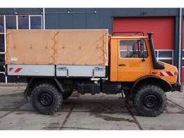 leger vrachtwagen Unimog U 1300 L 1984