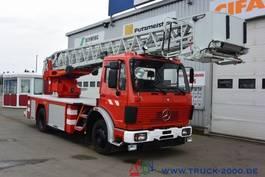 autohoogwerker vrachtwagen Mercedes Benz 1422 NG Ziegler Feuerwehr Leiter 30m Rettungkorb 1991