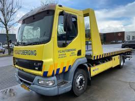 autotransporter vrachtwagen DAF LF 45.180 MANUAL EURO 3 + FALKOM LADER MET LEPEL 2005