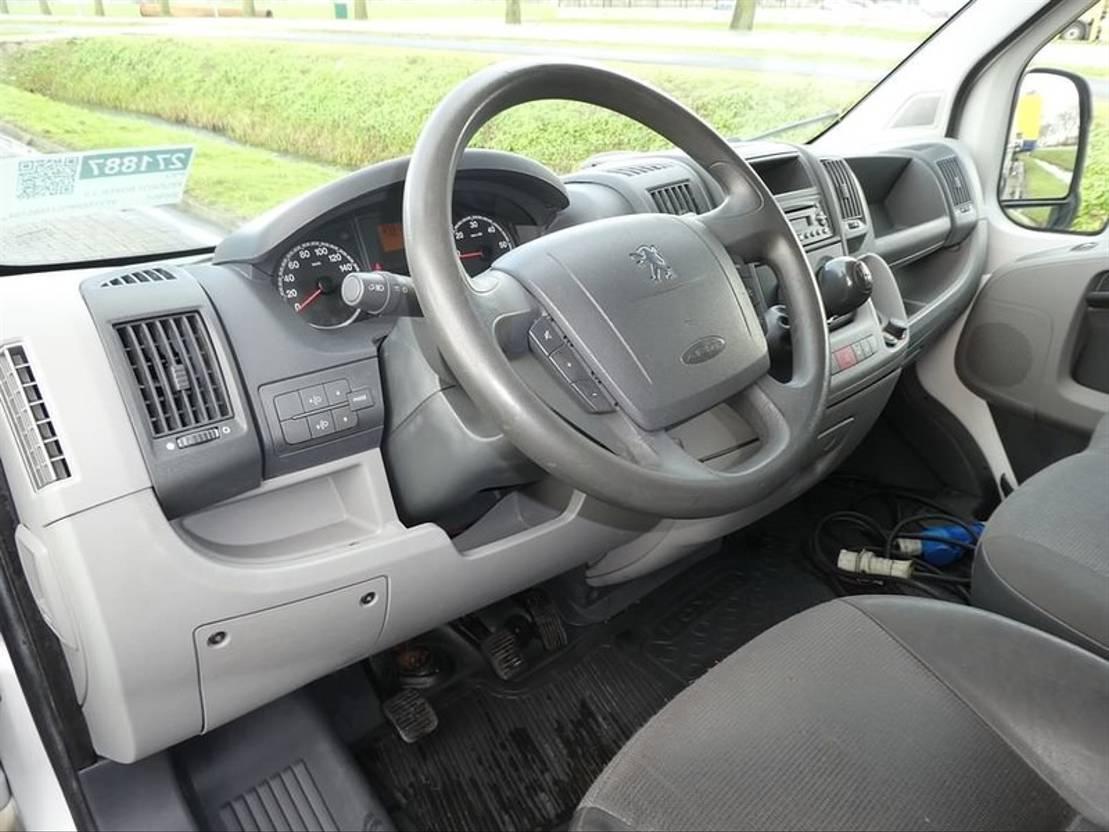 koelwagen bestelwagen Peugeot BOXER 3.0 hdi maxi frigo dag/n 2009