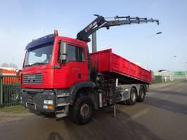 kipper vrachtwagen > 7.5 t MAN TGA 26.390 6 X 4 KIPPER + HIAB 220 C - 5 2005