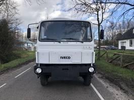 platform vrachtwagen Iveco 110-17 4x4 open bak 1982