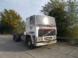 bakwagen vrachtwagen > 7.5 t Volvo F12 1981