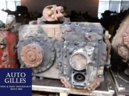 Versnellingsbak vrachtwagen onderdeel ZF 5S110GPA / 5 S 110 GPA Getriebe 1986