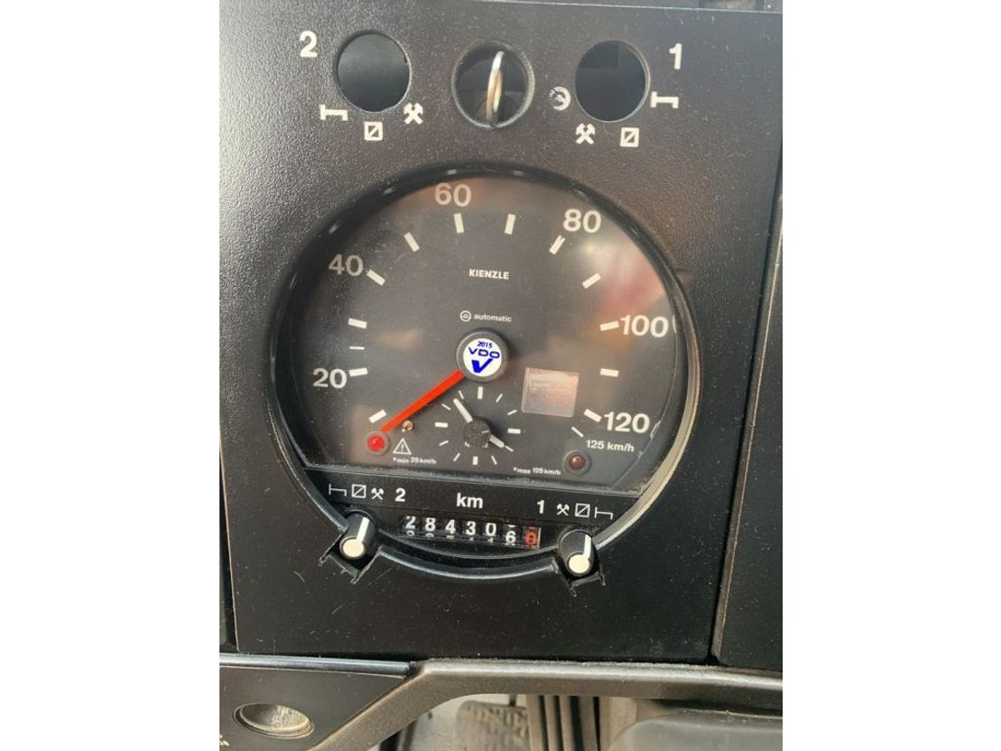 betonpomp vrachtwagen Mercedes-Benz 1722 Schwing BPL 900 HDR 26 M 1992