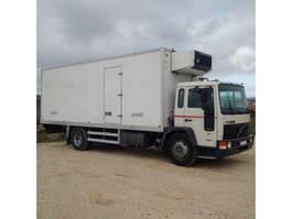 koelwagen vrachtwagen Volvo FL615 210 Retarder CARRIER SUPRA 722 left hand drive 1995