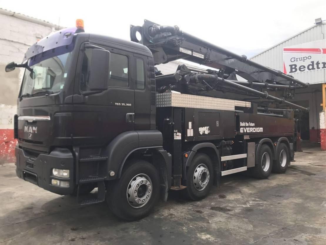 betonpomp vrachtwagen MAN Bomba de hormigon EVERDIGM 37-ZX 2009