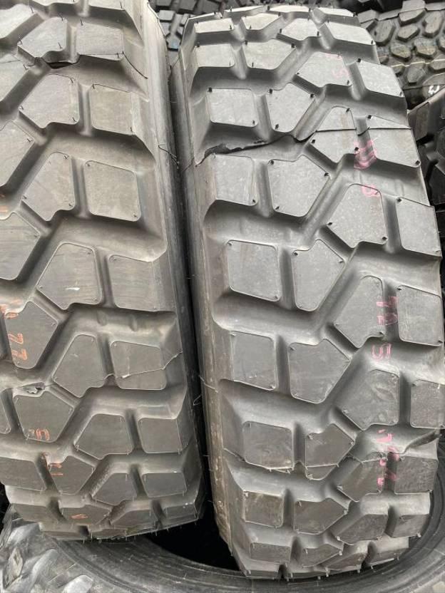 banden vrachtwagen onderdeel Pirelli 335/80R20 PS22 (Nieuw)