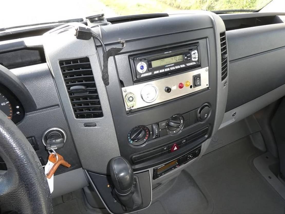 koelwagen bestelwagen Mercedes Benz SPRINTER 515 CDI frigo xarios car 2007