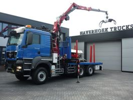 houttransporter vrachtwagen MAN TGS 28 480 6x4-4 Euro 5 EEV Holz transporter Fly jib and winch (Zimmerei) 2012