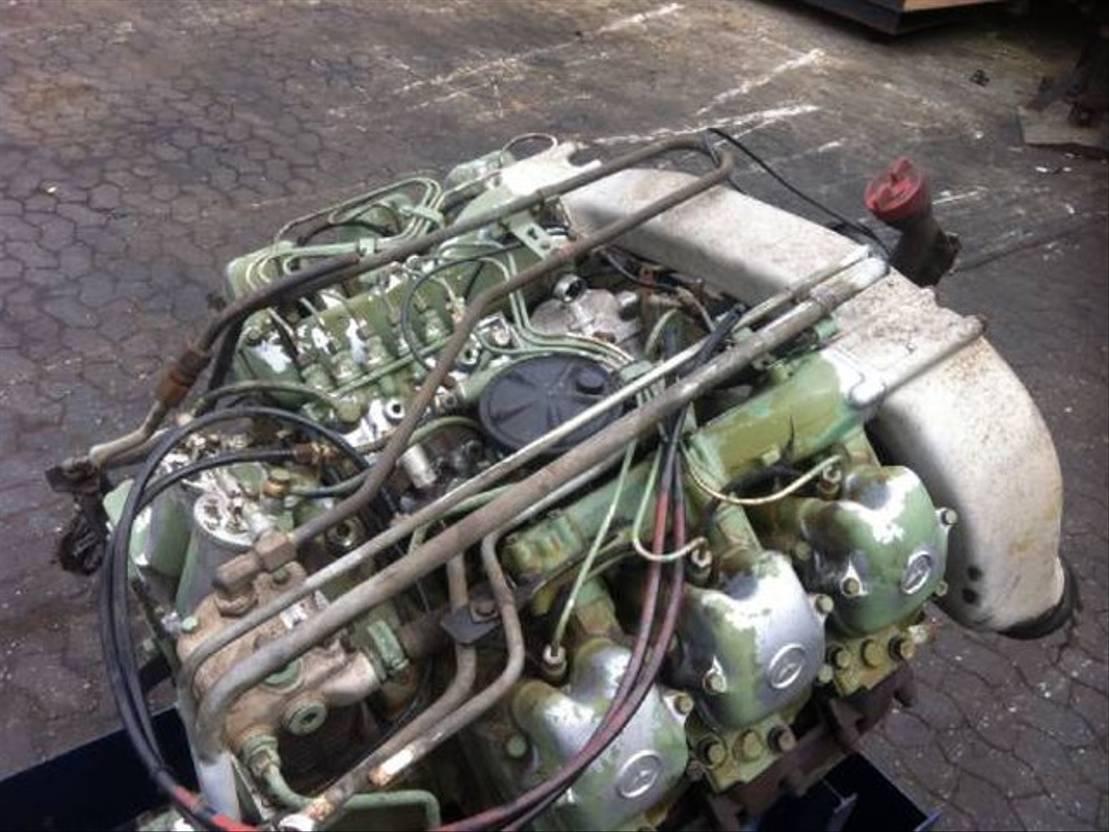 Motor vrachtwagen onderdeel Mercedes-Benz OM421 / OM 421 Motor 1988