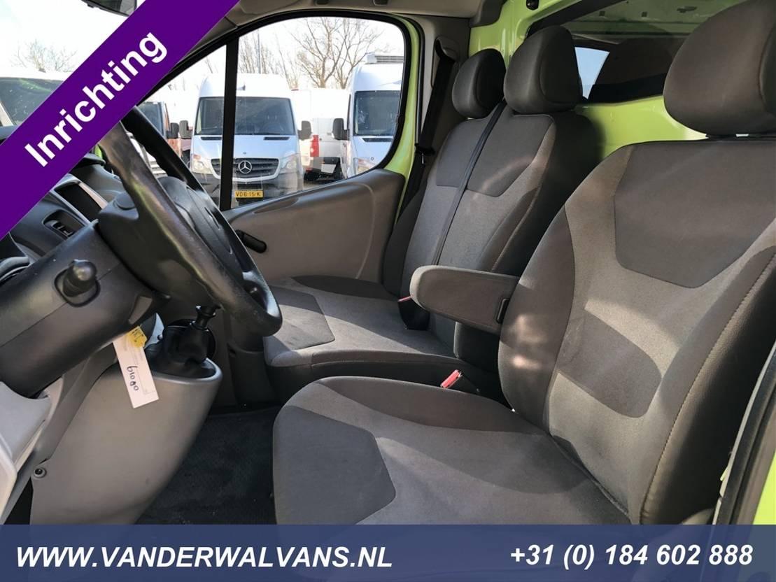gesloten bestelwagen Renault Trafic 2.0dCi L1H1 Airco, imperiaal, trekhaak, cruisecontrol, bijrijders... 2013