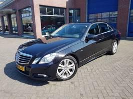 sedan auto Mercedes Benz E 300 CDI V6 Avant Garde 2010