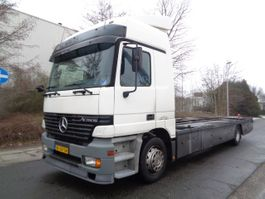 platform vrachtwagen Mercedes Benz ACTROS 1831 L 2001