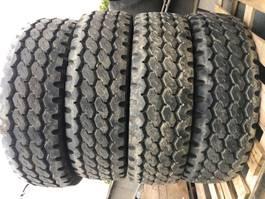 banden vrachtwagen onderdeel Bridgestone 275/70/22,5