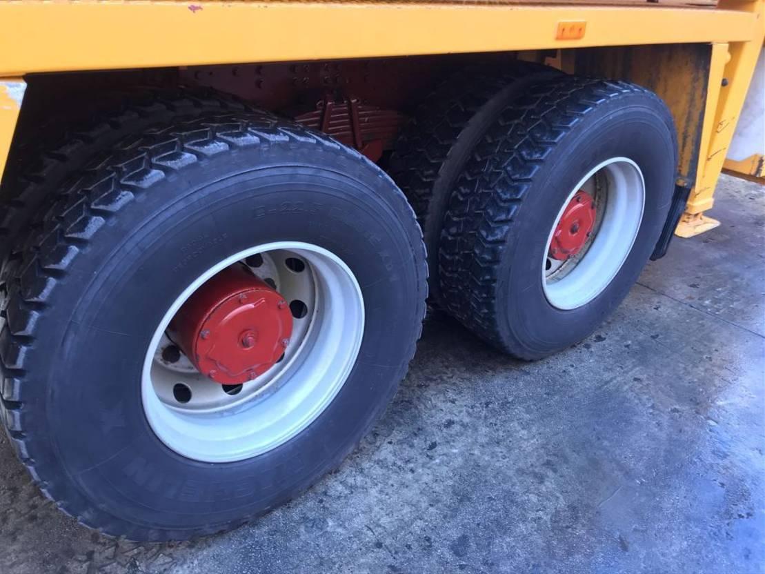betonpomp vrachtwagen Iveco EUROTRAKKER 310 PUTZMEISTER BSF 36.14**13.000 Km** 2001