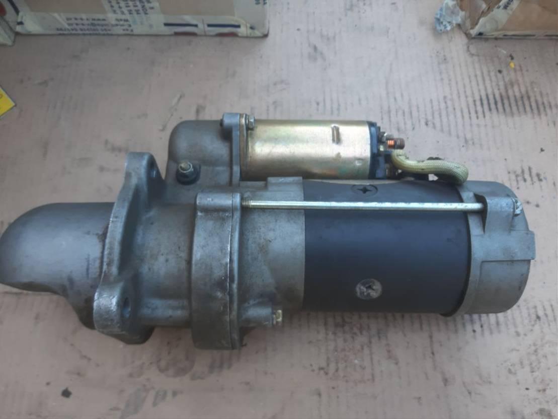 startmotor vrachtwagen onderdeel Cummins Cummins startmotor B 215- 24v