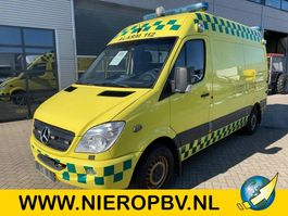 ambulance bedrijfswagen Mercedes Benz SPRINTER 315CDI AIRCO AMBULANCE 2007