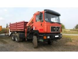 kipper vrachtwagen > 7.5 t MAN 26.322 6x6 meiller tipper + crane palfinger PK 22.000 1992