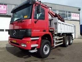 kipper vrachtwagen > 7.5 t Mercedes Benz 3340 Actros - 6x6 - Crane Tirre Euro131 2001